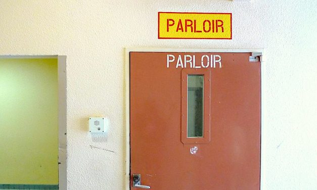 PARLOIR – Entre dedans et dehors